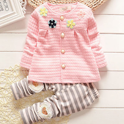 https://www.popreal.com/Products/flower-ornament-top-stripe-pants-sets-23283.html?color=pink