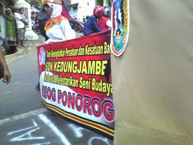 Foto SDN Kedung Jambe II pada Festival Karnaval Kecamatan Singgahan Tuban 2014
