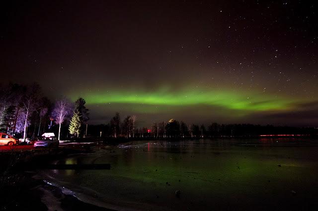 Aurora boreale dal parcheggio vicino all'Apukka resort-Rovaniemi