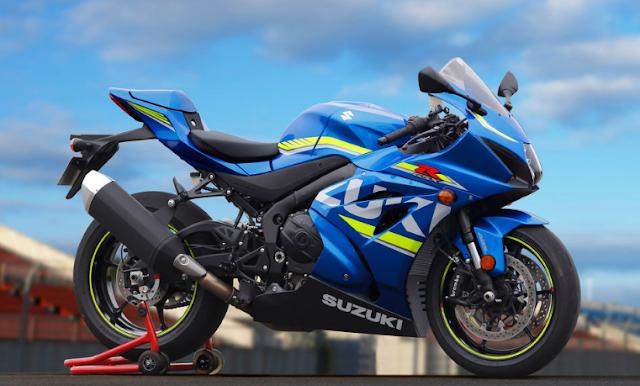 2017 Suzuki GSX-R1000 Previews