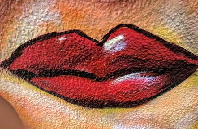 Cara Memerahkan Bibir Hitam Cepat dan Alami