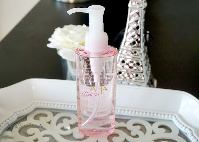 AHA Cleansing Research Renew Cleansing Oil | bellanoirbeauty.com