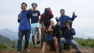 Pendakian Puncak Datar Kolle Bogor Timur