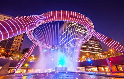 Hasil gambar untuk fountain of wealth singapore