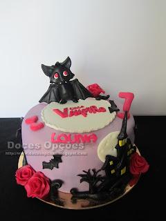 Bolo de aniversário Chica Vampiro