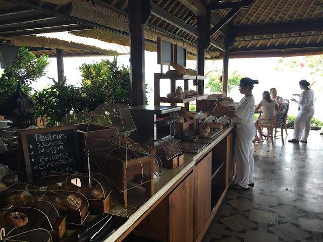 glutenfreies Frühstücksbuffet im Four Seasons Jimbaran Bay Bali