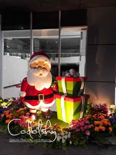 Patung busa gabus styrofoam santa clause & Kado dekorasi natal / christmas & tahun baru (New year)