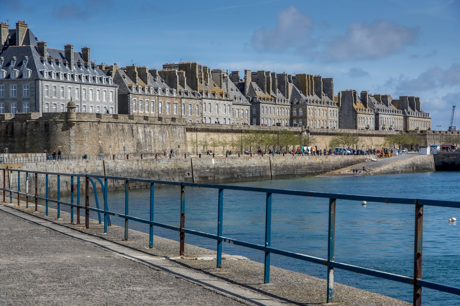 how to get from st malo to mont st michel