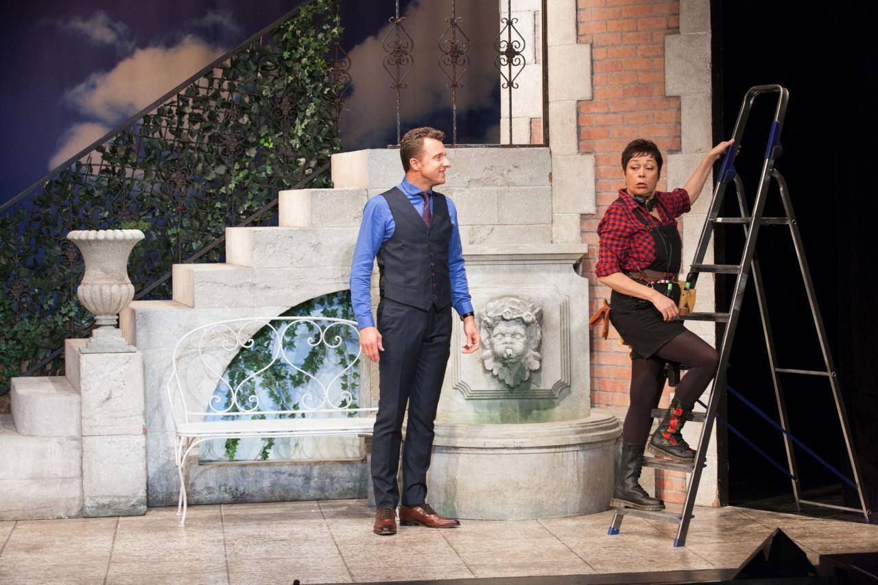 Silence, on tourne ! : une pièce hilarante à voir au Théâtre Fontaine