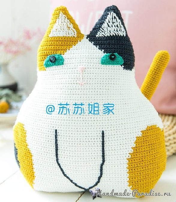 Кошка или котик с использованием пряжи белого, желтого и черного цвета