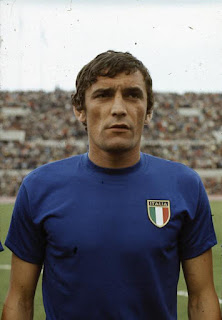 Luigi Riva in his Italy shirt