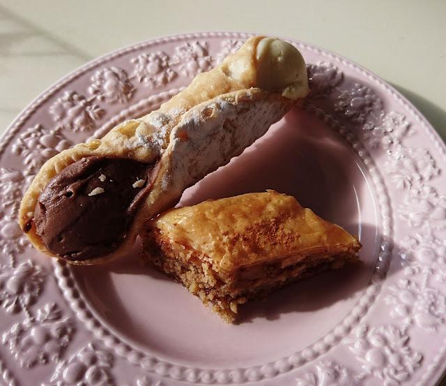 Nikos Cakes, Oakleigh, cannoli, baklava