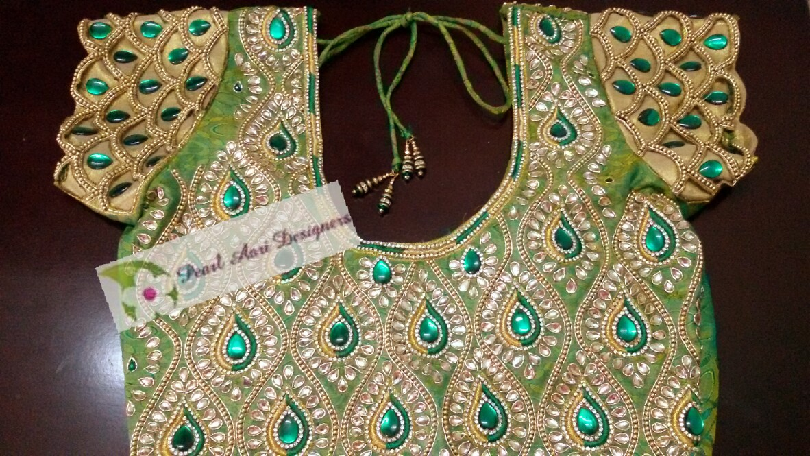 e5af5e933c016 traditional trends  top blouse designs with heavy work