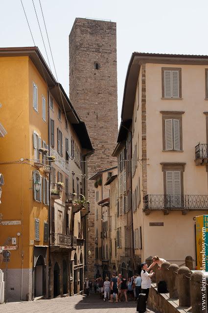 Bergamo Campanone visitar Italia