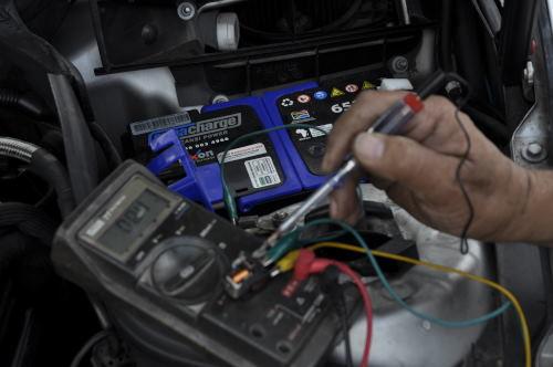 MERCEDESBENZ-W202-C250D: Mercedes Benz W203 starter problem