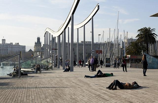 Rambla de Mar em Barcelona