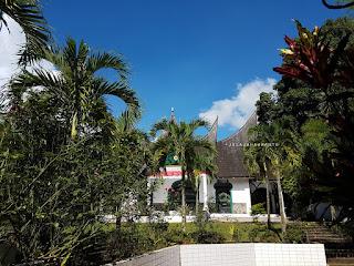 Kompleks Makam Tuanku Imam Bonjol di Lotta, Pineleng, Minahasa, Sulawesi Utara +Jelajahsuwanto