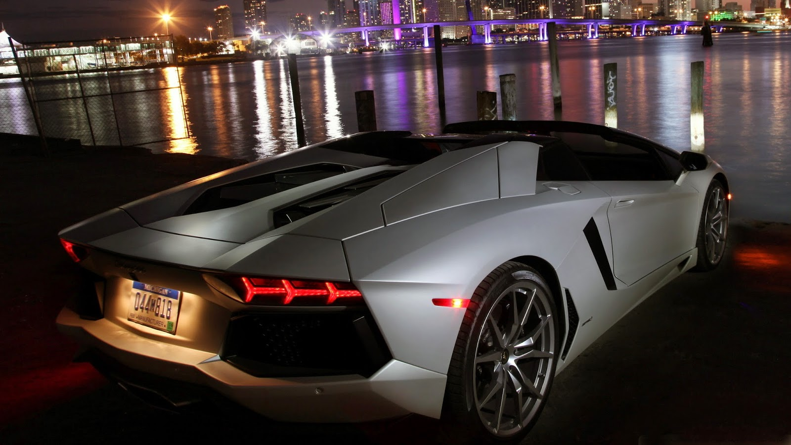 Lamborghini Aventador Hd Wallpapers 1080p Download Free Fastest Cars In The World Cool Wallpapers