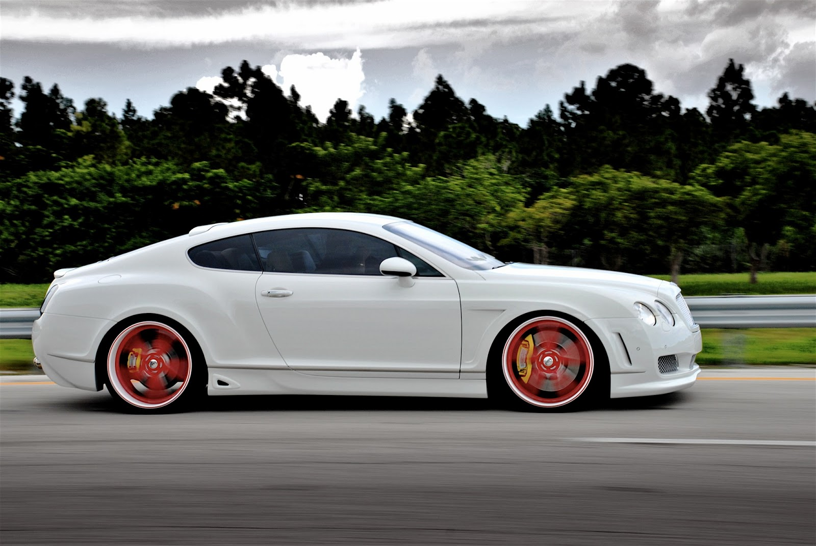 Top 44 Most Amazing And Incredible Bentley Car Wallpapers