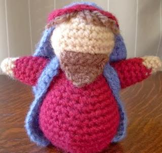http://translate.googleusercontent.com/translate_c?depth=1&hl=es&rurl=translate.google.es&sl=auto&tl=es&u=http://www.craftycattery.com/2011/01/amigurumi-nativity-crocheted-joseph.html&usg=ALkJrhg7QD57ue9QrFO89aKoyOzrd89Qpg