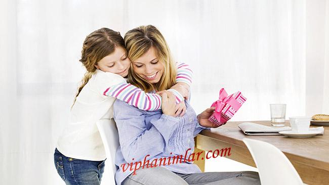 Anneler Günü İçin Hediye Önerileri - viphanimlar.com