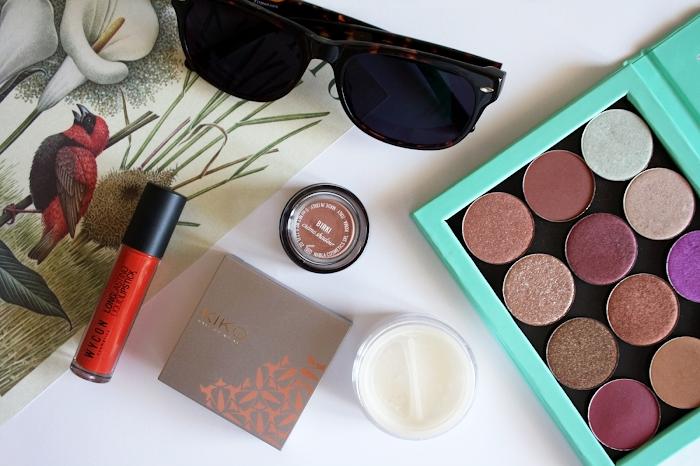 Nabla Cosmetics eyeshadows palette, Wycon Crazy Orange and Kiko cream blush