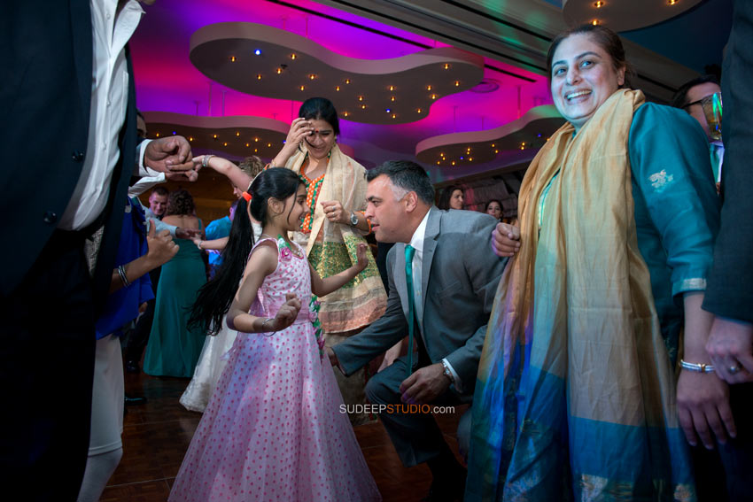 Indian Wedding Photography Reception Detroit - Sudeep Studio.com