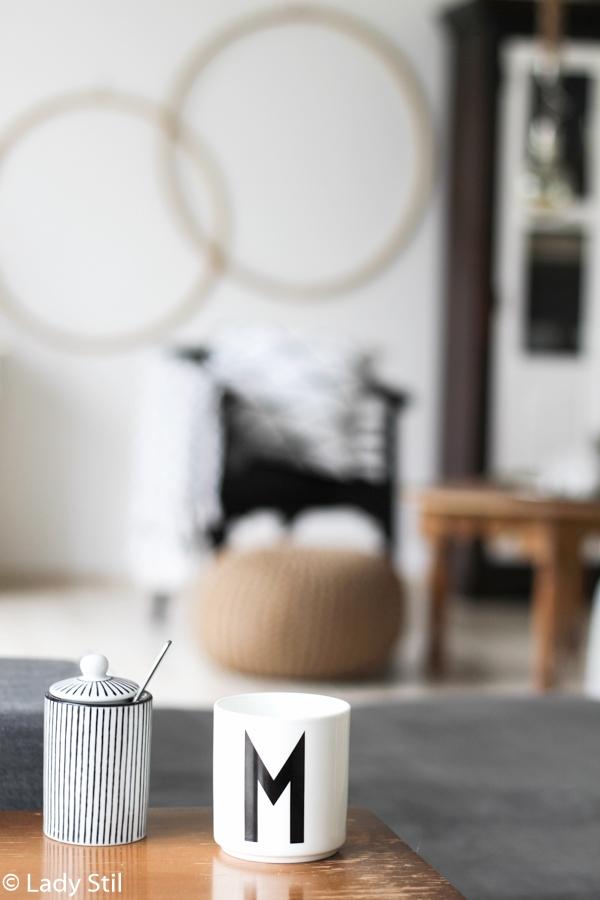 Hula Hoop Reifen von Ikea als Wanddekoration