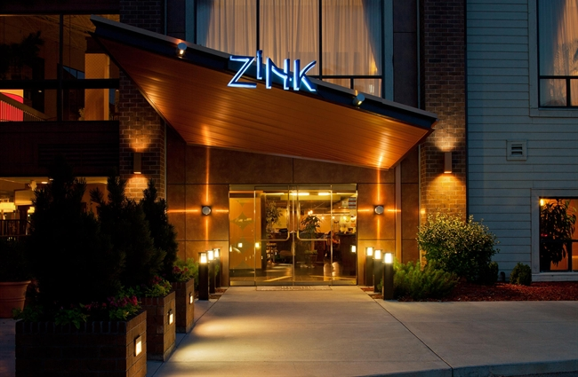 The Zink Kitchen + Bar Restaurant In Greenwood Village, Part Of The  DoubleTree By Hilton Hotel Denver Tech Center Is An Unforgettable Dining  Experience ...