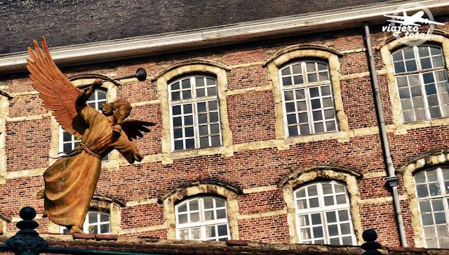 Gante - Ghent - Gent - Bélgica - Belgium - estatua