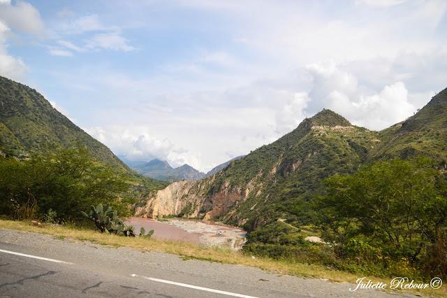 Fleuve Urubamba au Pérou
