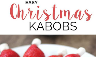 EASY CHRISTMAS FRUIT KABOBS