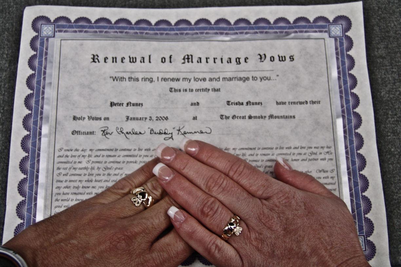 Jo-Anne's Ramblings: Renewing Wedding Vows