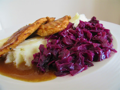 Pirjani crveni kupus / Braised red cabbage