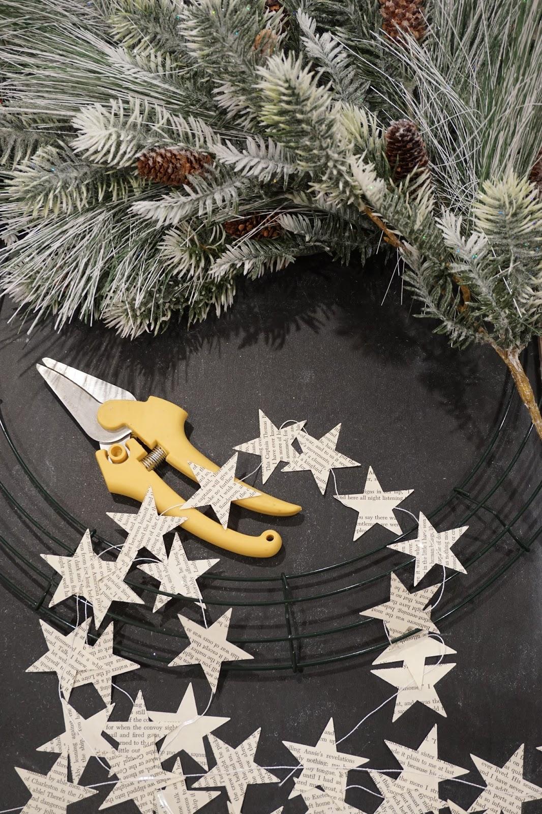 Diy Christmas Star Wreath Mrs Rollman Blog