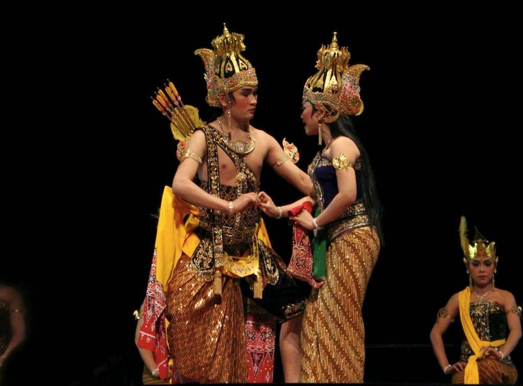 Perbedaan Wayang Orang Gaya Surakarta Dan Gaya Yogyakarta