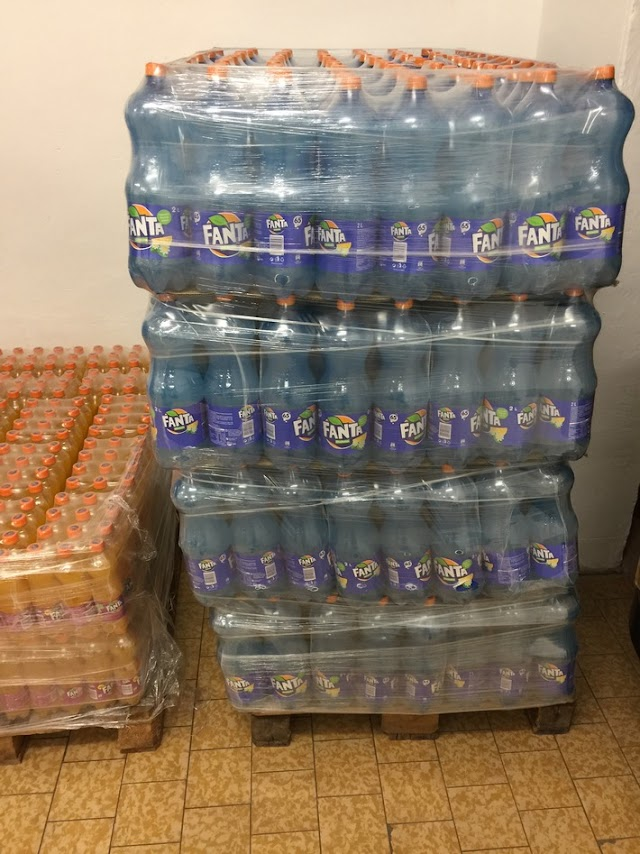 Dortmunder Zoll beschlagnahmt 2400 Liter Limonade aus Mazedonien
