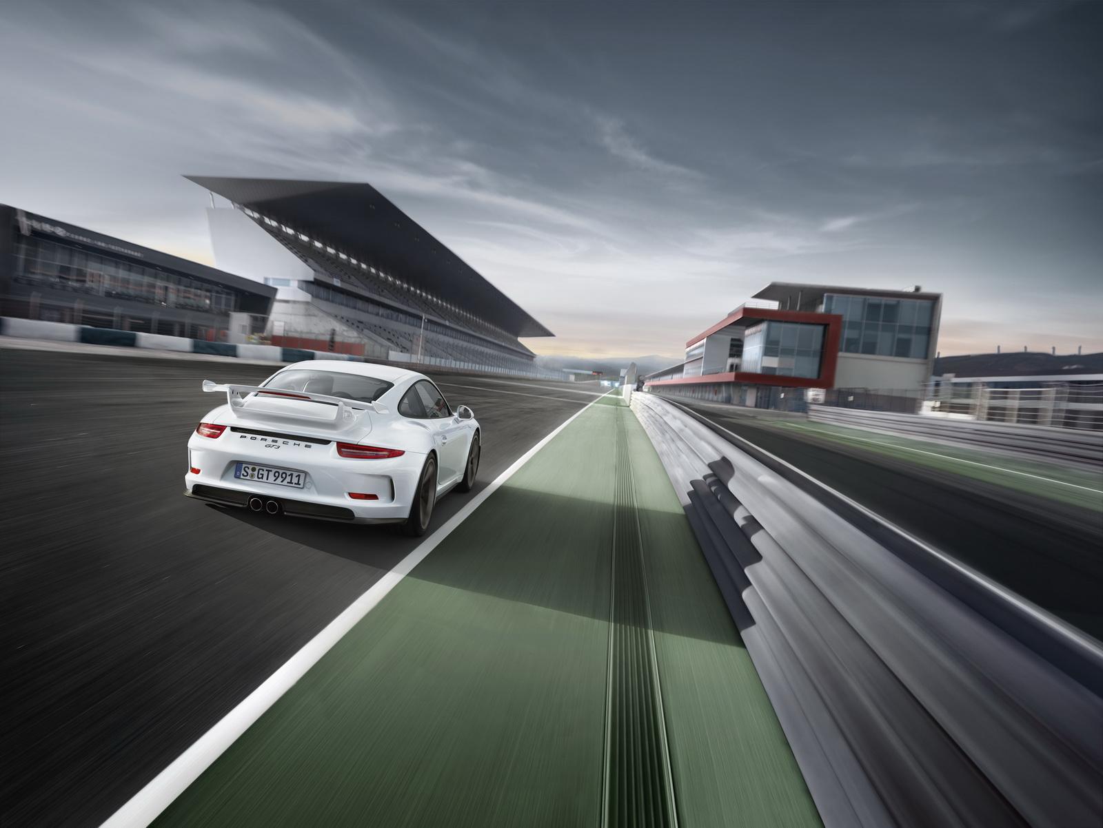 Porsche 911 GT3 tiếp theo sẽ sử dụng số sàn & hút khí tự nhiên