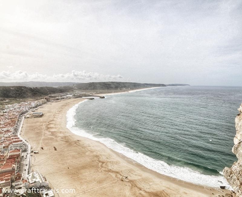 klif w Portugalii, Nazare w Portugalii, Ocean Atlantycki
