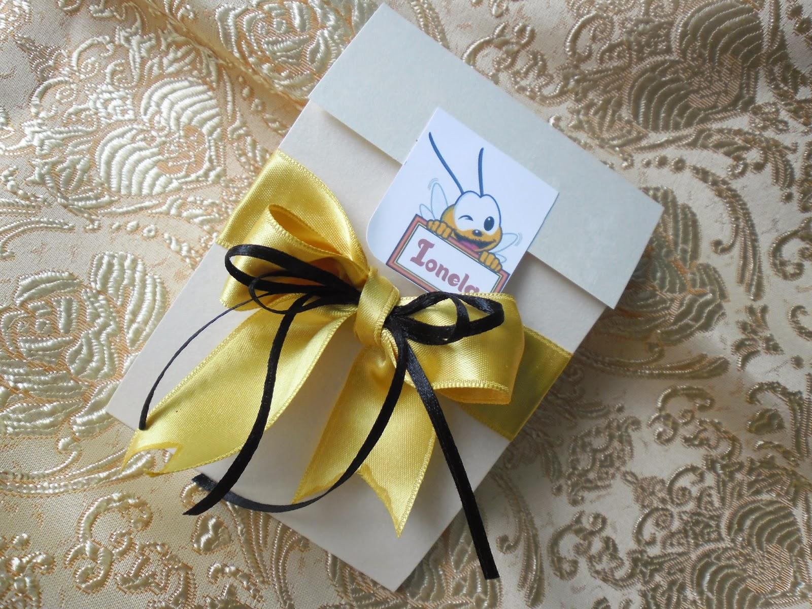 Invitatii Si Articole Handmade Invitatie Botez Albinuta