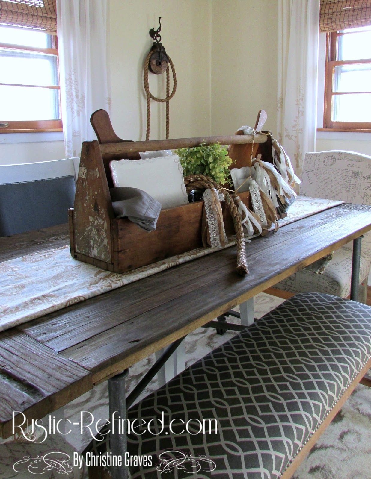 Rustic Farmhouse Table Centerpiece - Rustic & Refined