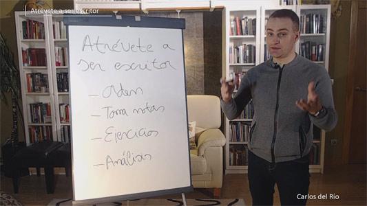Carlos del Río explicando