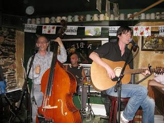 Daonet en acoustique le 19 mai 2011 dans le bar Le Graslin à Nantes