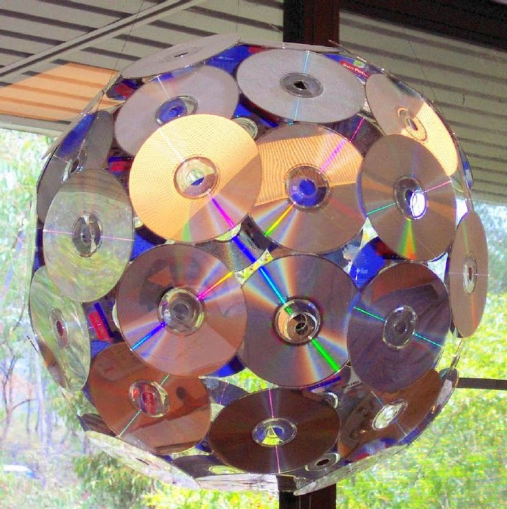 Disco Ball Table Decorations: Rock And Roll / Rock N Roll Themed Classroom {Ideas