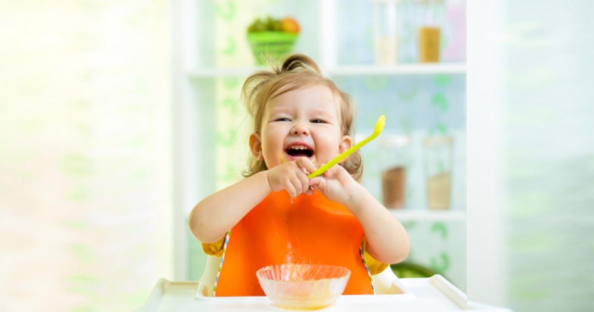 Con không chịu ăn phải làm sao? 6 mẹo hay trị biếng ăn mẹ nên nhớ