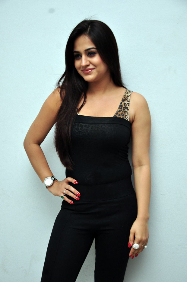 Aksha latest hot collection