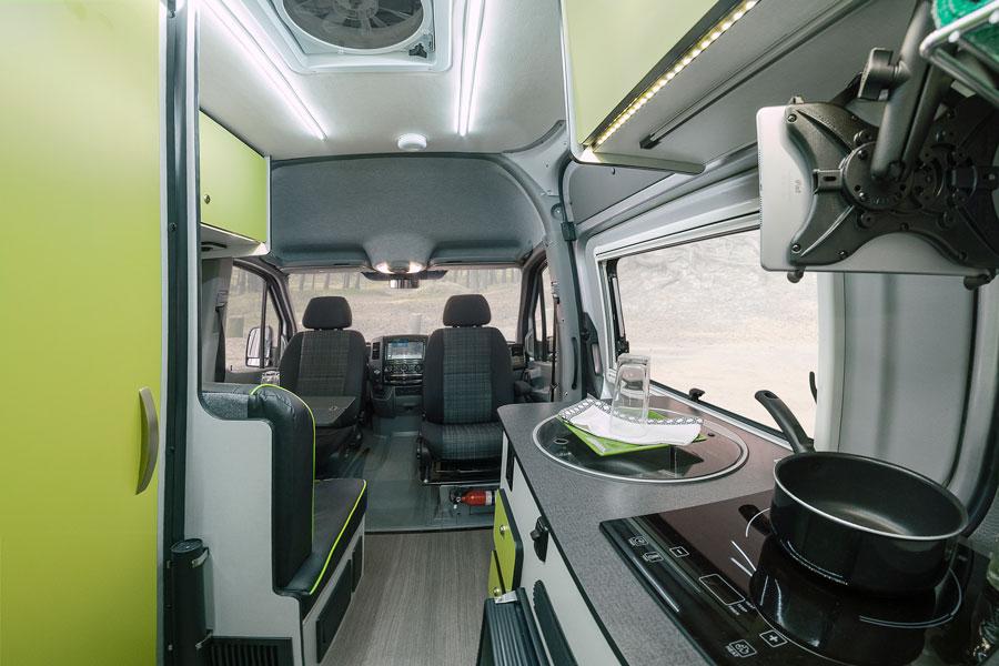 Mercedes Benz Sprinter 4x4 Winnebago Revel 2018 Interior 1