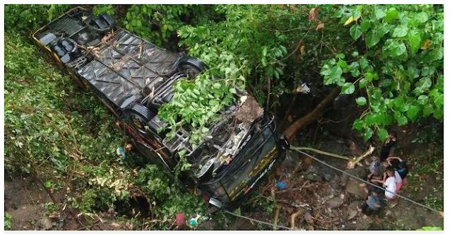TRAGIS !! Bus rombongan pengantin alami kecelakaan, satu orang tewas