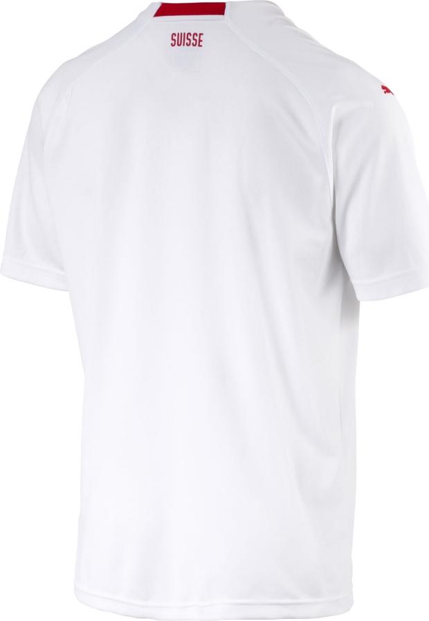 Puma lança a camisa reserva da Suíça para a Copa do Mundo - Show de ... 773062dcd3205