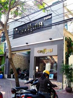 Tienda de trajes a medida en Hanoi (Caominh)